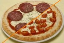 サラミとトマトモッツァレラのハーフピザ